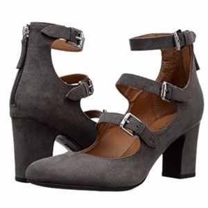 Indigo Rd Ellie Buckle Zipper Gray Heels Round Toe